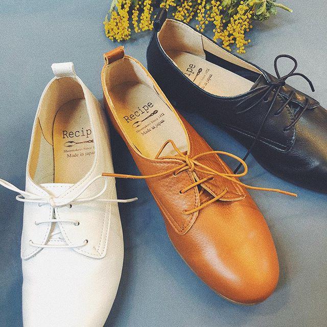 .【Recipe-レシピ-】.Recipeのレースアップシューズ♡驚くほど柔らかい革靴です!!靴底はゴムで中底にもふかふかのクッションが入っています︎はき心地抜群でお値段も◎Made in japanでとても優れた品質です︎ホワイト / キャメル / ブラック.営業時間 10:00〜19:00.#愛媛#松山#BlessofBless#セレクトショップ#Recipe#レシピ#革靴#レースアップシューズ#19ss#今日のコーディネート#お洒落さんと繋がりたい - from Instagram