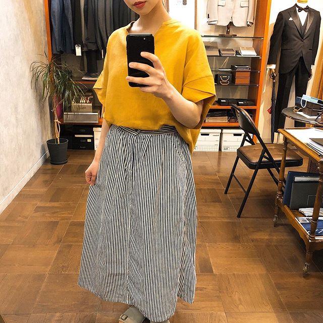 ..tops...#cloche¥8,900- tax.skirt...#domingo¥13,000..*スタッフ152㎝..インスタにアップしたお洋服も郵送での購入可能です!ぜひ、気になる商品がございましたらDMやコメントなど気軽によろしくお願いします︎︎.....短縮営業 11:00〜17:00定休日 火曜・水曜日.#愛媛#松山#大街道#ehime#matsuyama#BlessofBless#セレクトショップ#今日のコーディネート#お洒落さんと繋がりたい#2020#20ss - from Instagram