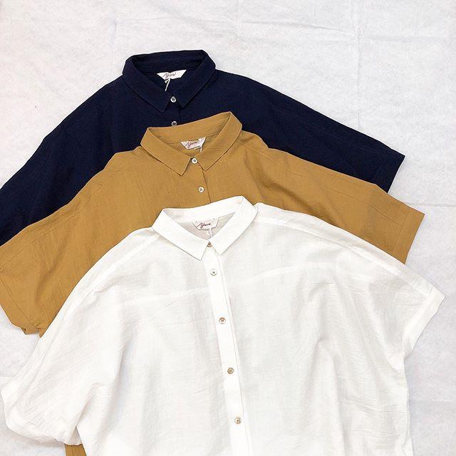 ..#yarra#ヤラ.yarraから綿素材の優しいシャツが入荷しております♡お袖も長めで使いやすい一枚◎羽織に使ってもgood♡♡.white / camel / navy¥13,000- tax..*スタッフ152㎝..インスタにアップしたお洋服も郵送での購入可能です!ぜひ、気になる商品がございましたらDMやコメントなど気軽によろしくお願いします︎︎...【休業期間】4月25日(土)〜5月6日(水).#愛媛#松山#大街道#ehime#matsuyama#BlessofBless#セレクトショップ#今日のコーディネート#お洒落さんと繋がりたい#2020#20ss - from Instagram