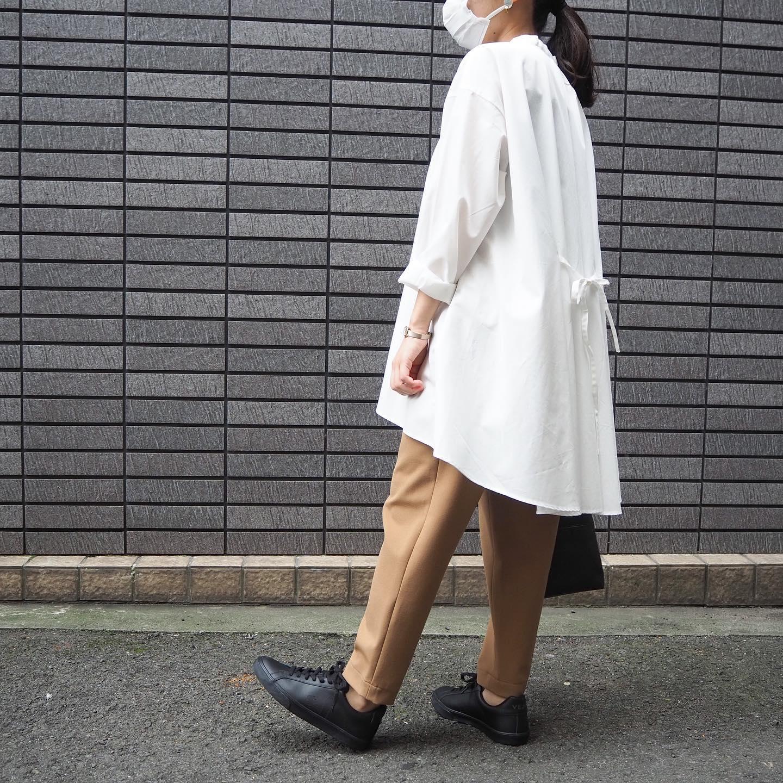 .tops...#mizuiroind(white ,beige).pants...#douxbleu.shoes...#veja(white , black).bag...#suolo..staff...152㎝...気になる商品がございましたらDMやコメントなどお気軽にお願いします!️.#愛媛#松山#大街道#ehime#matsuyama#BlessofBless#セレクトショップ#今日のコーディネート#お洒落さんと繋がりたい#ブラウス#柄ブラウス#スカート#スニーカー - from Instagram