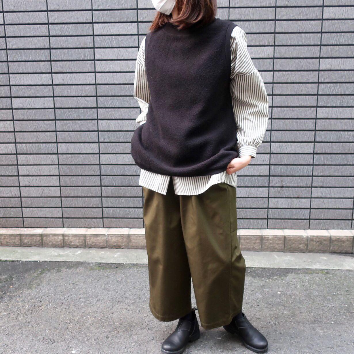.vest...#sabbatum.shirt....#lueuf.pants...#diaries.shoes...#blundstone ...staff...158㎝....気になる商品がございましたらDMやコメントなどお気軽にお願いします!️.#愛媛#松山#大街道#ehime#matsuyama#BlessofBless#セレクトショップ#今日のコーディネート#お洒落さんと繋がりたい#ニット#ベスト#ニットベスト#シャツ#ブランドストーン - from Instagram